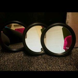 (3) new round mirrors